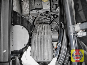 Illustration of step: Carefully lift away the air filter box - step 12