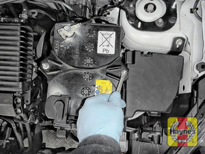 Illustration of step: Tighten if required, a 10mm socket is needed - step 6