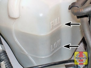 Illustration of step:  The coolant level must be maintained between the FULL and LOW marks on the coolant expansion tank - Car care - step 17