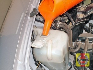 Illustration of step:  Add a mixture of water and antifreeze to the expansion tank until the level of the coolant is just below the FULL mark on the expansion tank - Car care - step 19
