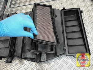 Illustration of step:  Lift out each air filter - Check both filters - step 10
