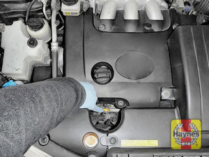 Illustration of step: Replace the dipstick - step 3