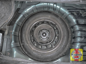 Illustration of step: Finally, check the condition of the spare wheel/emergency tyre repair system - step 15