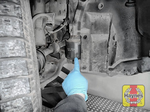 Illustration of step: The oil filter is located here - step 3