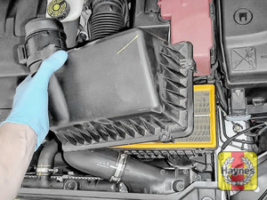 Illustration of step: Carefully lift away the air filter box cover - step 5