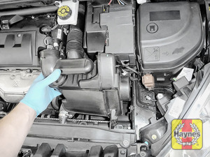 Illustration of step: Remove the air filter box - step 3