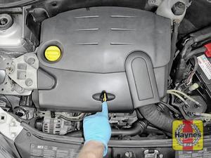 Illustration of step: Replace dipstick - step 3
