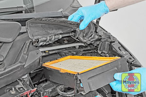 Illustration of step: Carefully lift away the air filter box - step 8