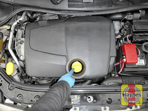 Illustration of step: You are now ready to refill the engine with fresh oil - step 4