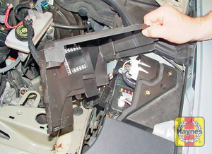 Illustration of step: Additional fuses are located on the left-hand side of the engine compartment - step 3