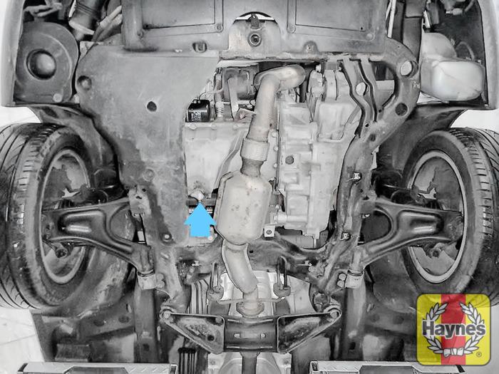 Saab 9-5 (2005 - 2010) 2.3 T Vector - Oil change - Haynes Publishing