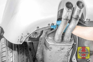 Illustration of step: Check rubber exhaust mountings - step 13