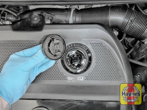 Illustration of step: You are now ready to refill the engine with fresh oil - step 7