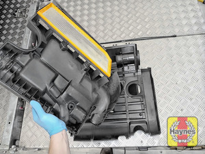 Illustration of step: Carefully lift away the air filter box - step 9