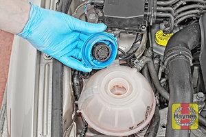 Illustration of step: ONLY WHEN COLD! – undo the cap to add more coolant - step 3