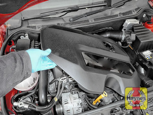 Illustration of step: Undo engine cover, it is easier to access the brake fluid reservior - step 1