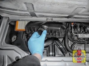 Illustration of step: Carefully lift the air filter cover - step 8
