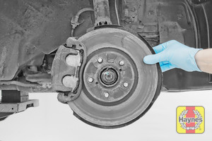 Illustration of step: Check condition of the brake discs - step 13