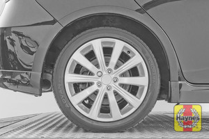 Illustration of step: It is a similar procedure with the rear wheels - step 13