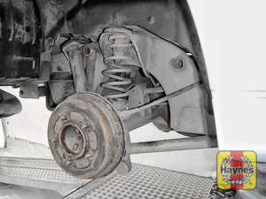 Illustration of step: This model has drum brakes - we do not recommend you remove the drum - step 8