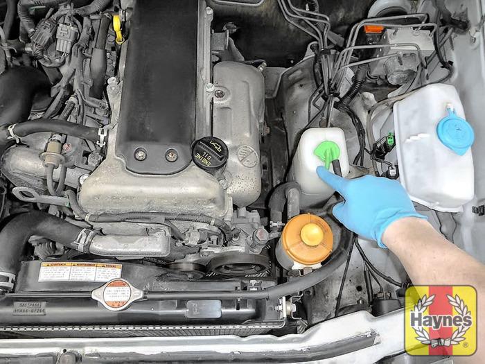 suzuki jimny 1998 2017 1 3 checking coolant level haynes rh haynes com 1960 Audi 1990 Audi 100
