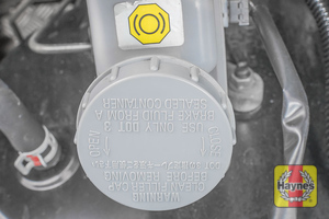 Illustration of step: Now securely replace and tighten cap - step 4