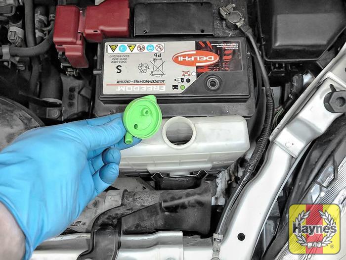 Suzuki Engine Coolant : Suzuki swift checking coolant level
