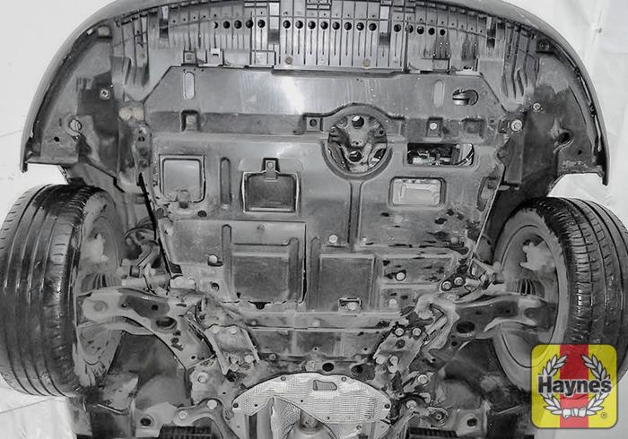 Toyota Auris (2002 - 2007) 2.0 D-4D - Oil filter change - Haynes ...