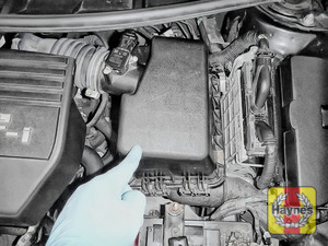 Illustration of step: Reassemble air filter box - step 6