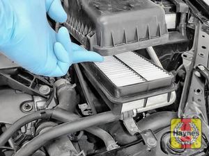Illustration of step: Now you can remove the air filter for inspection - step 4