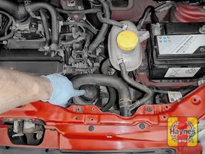 Illustration of step: General location of oil filter - step 1