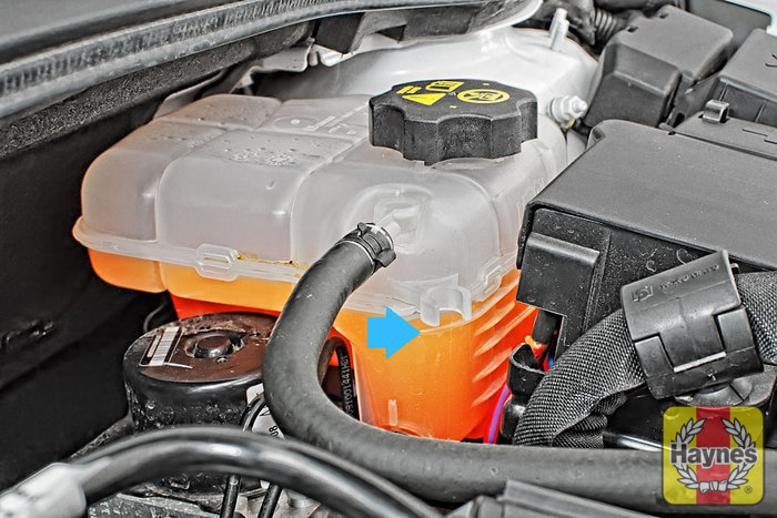 Vauxhall Astra (2009 - 2013) 1.4 16v - Checking coolant level ...