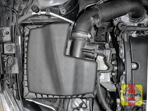 Illustration of step: Reassemble the air filter housing - step 12
