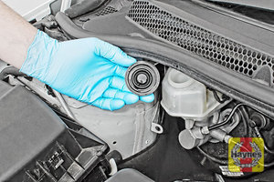 Illustration of step: If the level needs topping up – WEARING GLOVES - Carefully open the cap, have a paper towel ready to catch any drips as brake fluid is corrosive! - step 4