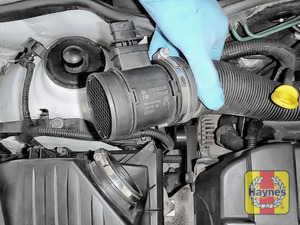 Illustration of step: Now release the air intake - step 4