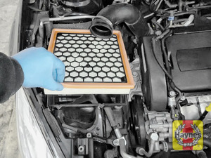 Illustration of step:  Now lift out the air filter - step 9