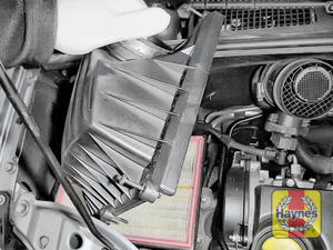 Illustration of step: Carefully separate and lift the air filter body - step 5