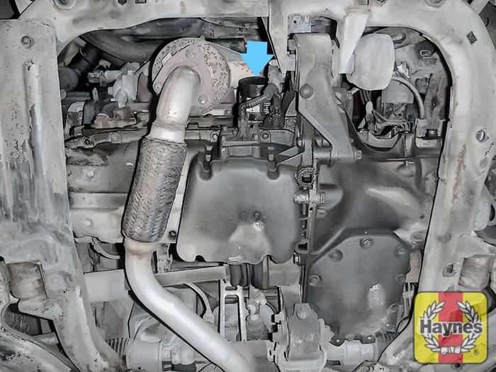 vauxhall meriva 2003 2010 1 6 16v oil filter change haynes rh haynes com E46 Fuel Filter Replacement BMW Fuel Filter Location