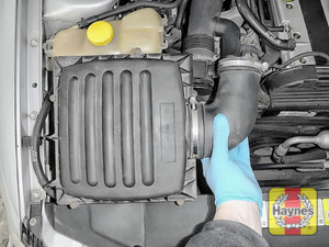 Illustration of step: Carefully lift away the air filter body - step 4