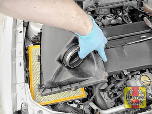 Illustration of step: Carefully lift away the air filter box - step 7