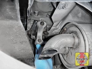 Illustration of step: Check rubber exhaust mountings - step 12