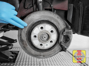Illustration of step: Check condition of the brake discs - step 15