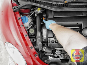 Illustration of step: Always replace the dipstick, oil filler cap and engine cover - step 10