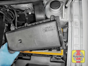 Illustration of step: Next, carefully separate and lift the air filter body - step 4