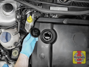 Illustration of step: When you have replaced the engine cover, you are now ready to refill the engine with fresh oil - step 8