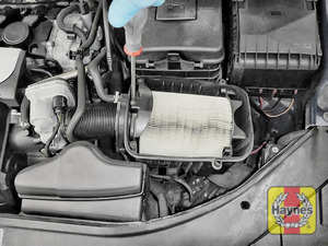 Illustration of step: Undo the air filter clamp - use a phillips screwdriver - step 6