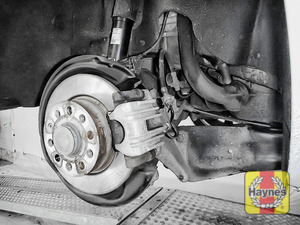 Illustration of step: Take a good look around the brake system and the suspension arm, check for any leaks - step 11