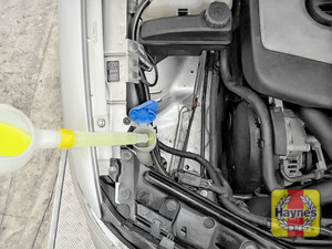 Illustration of step: Top up with screen wash and replace cap securely - step 3