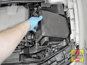 Illustration of step: Remove the air filter cover - step 2