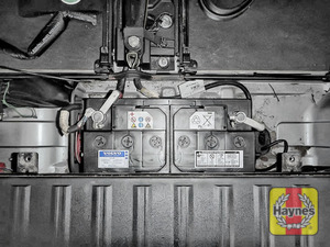 Illustration of step: Check battery is generally secure, if loose, tighten the battery retainer - step 6